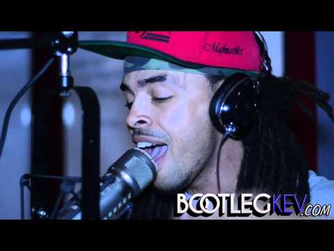 Rapper Dee-1 'Bootleg Kev' Freestyle