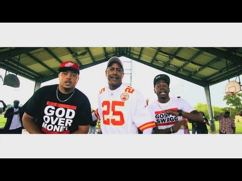 (Music Video) DJ DMD - 25 Bibles On My Dresser