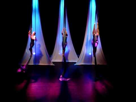 DANÇA AÉREA CONTEMPORÂNEA LACRISTA TEATRO DE MOVIMENTO coreografia METAMORFOSE