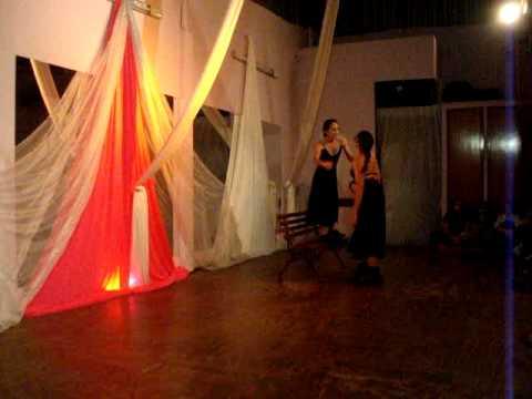SEXTA EM CENA- LaCrista Teatro de Movimento