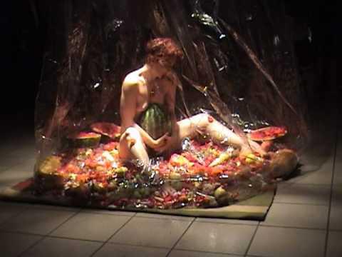 Trecho da performance ' para todas as Marias' - 2006