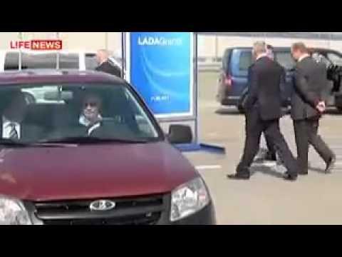 Putin testet Lada Granta