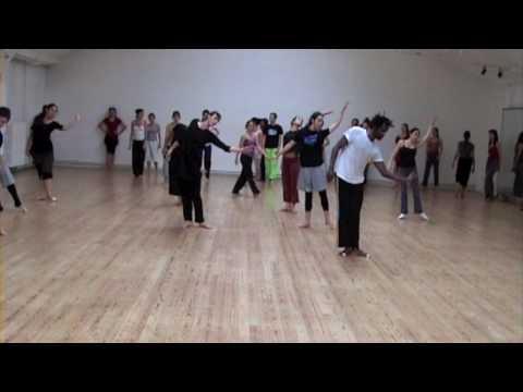 Nina Dipla/ 2010 / Entraînement du danseur.mov