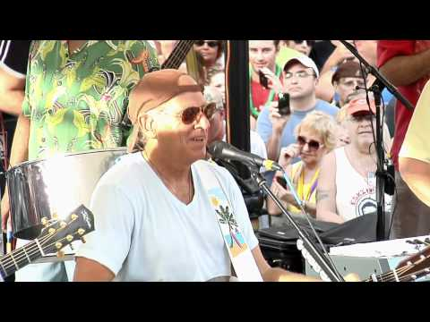 Jimmy Buffett Plays Surprise Key West Concert for 'Parrot Head' Fans