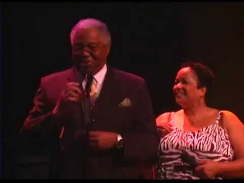 A Tribute to Larry Kinley in Concert