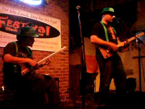 13 comedown.AVI st pattys day at festival restaurant