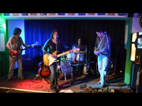 Miss Understood by The Camillians Feat. Blues Legend Cigar Box Guitar