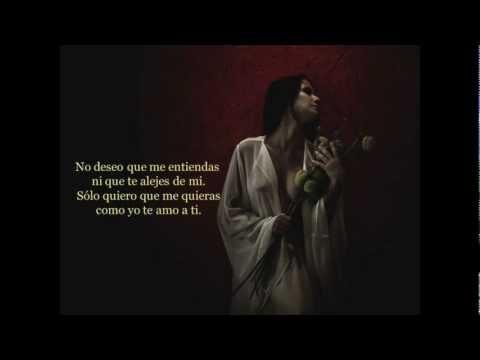 """Libra *M*... Recitando el poema:""""Soy mujer"""" de Nieves María Merino Guerra."""
