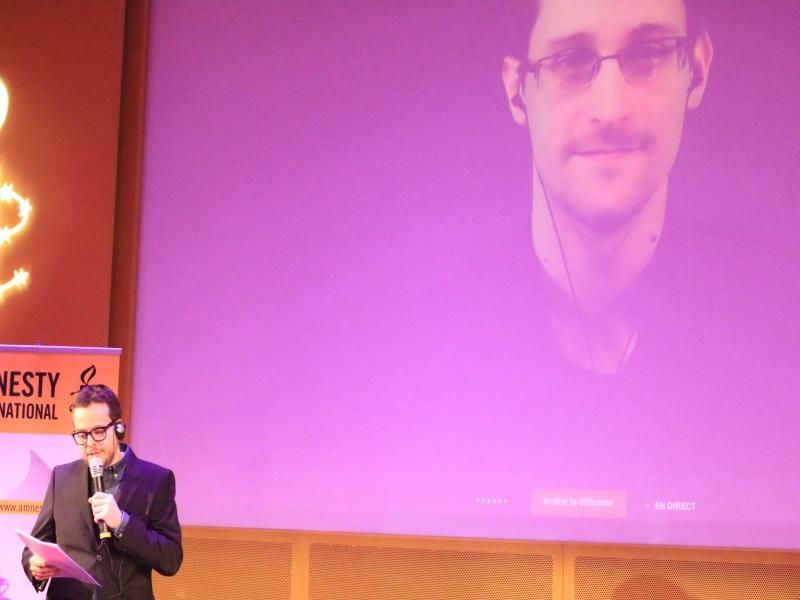 Surveillance des données et respect de la vie privée : Edward Snowden s'adresse pour la première fois à la France