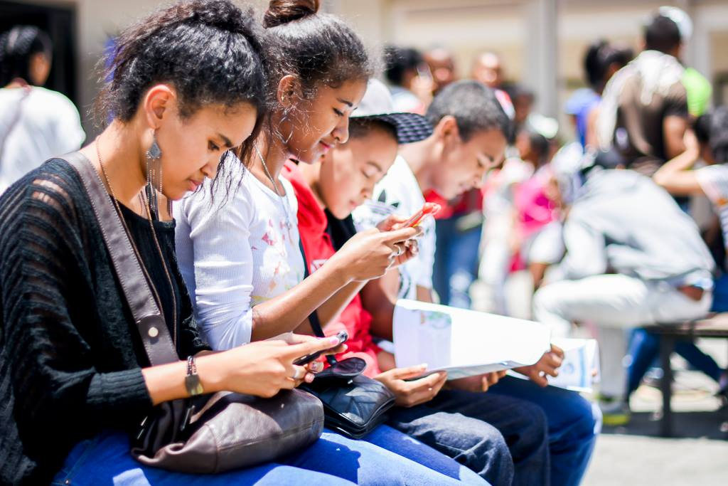 Comment les jeunes malgaches s'informent-ils ?