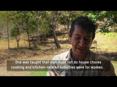 Cosechadoras de Nuevos Horizontes (Women harvesting new horizons)