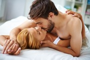 couple-love-kissing-bed_1098-277