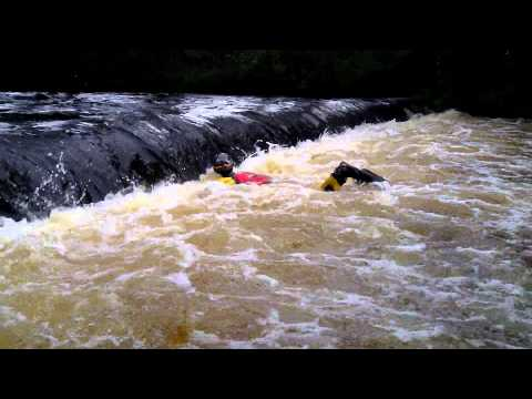How to swim in a weir - Neil (Don't try this at home)
