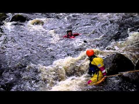 Live Baiting - Jodi rescues Mark