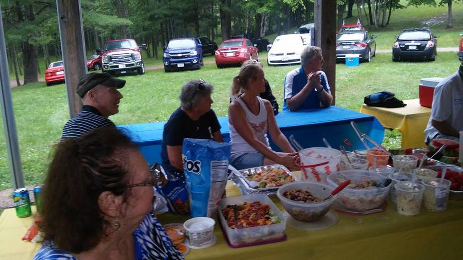HG Daentl's Diane Bossert and Kemp Families