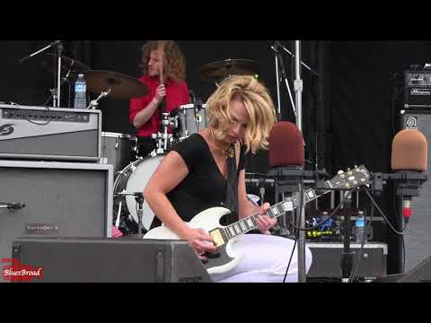 Samantha Fish -  Somebody's Always Trying (Crawfish Fest NJ • 6/3/18)