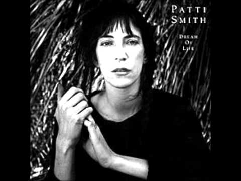 Patti Smith- People Have Τhe Power