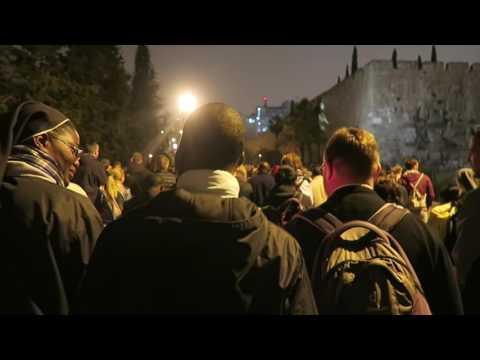 Jeudi Saint : Procession nocturne de Gethsémané à la maison de Caïphe