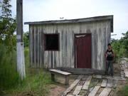 Andreus foi quem construiu a casa de sua mãe, Dona Juli, em Mutum Paraná