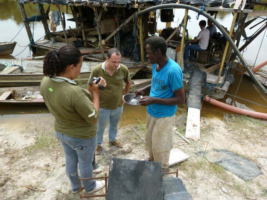 11 - Conhecimentos tradicionais - Sr. Antonio Dorival em depoimento sobre garimpo de ouro,  Mutum Paraná