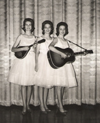 The_Reece_Sisters_at_Township_Auditorium_001