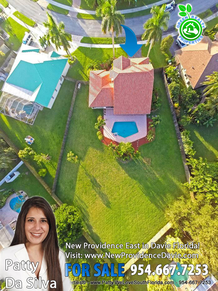 New Providence East Homes For Sale in Davie Florida - 954-667-7253