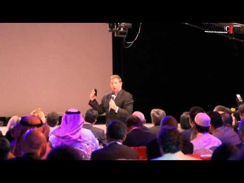 Mark Hurd presents Oracle's strategy on cloud - Oracle Cloud World 2013, Dubai