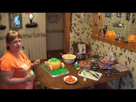 Pumpkin Carriage Cake