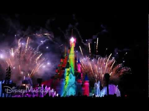 Disney Dreams 2012 (Disneyland Paris) (wide shot)