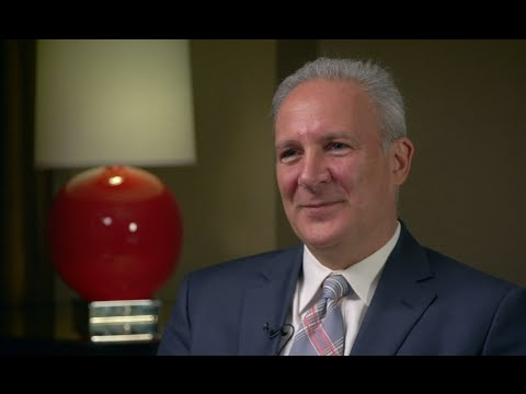 Peter Schiff on the Fed, Rand Paul, and the Next Financial Crisis