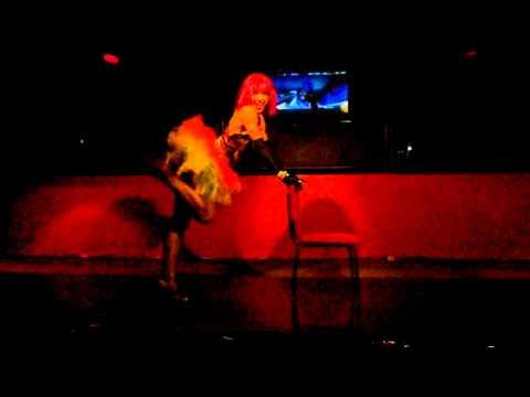 GOGO-DANCE (RJ)  p/Festas e Eventos c/: IZLENE CRISTINA (21)9978-7025   (izlene.cristina@gmail.com )