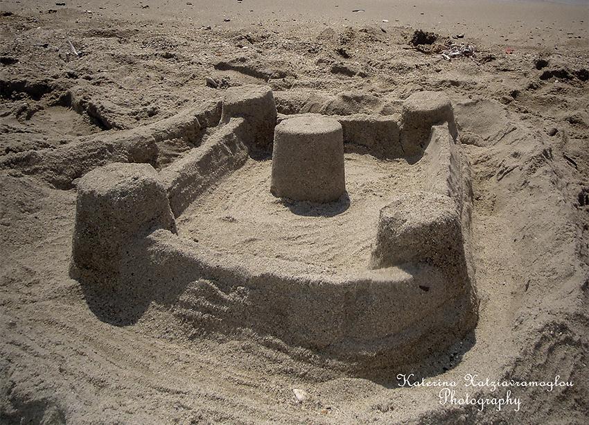 Τίποτα δεν χτίζεται πάνω στην πέτρα,