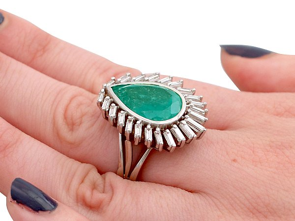 8.82ct Emerald and 1.58ct Diamond, 18ct White Gold Dress Ring - Vintage Circa 1980