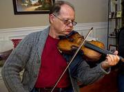 Lubo Velickovic, Violin