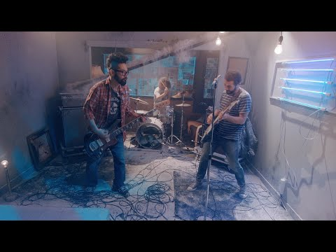NEW RELEASE (9-8-2019) : Feeder - Fear Of Flying (Official Video)