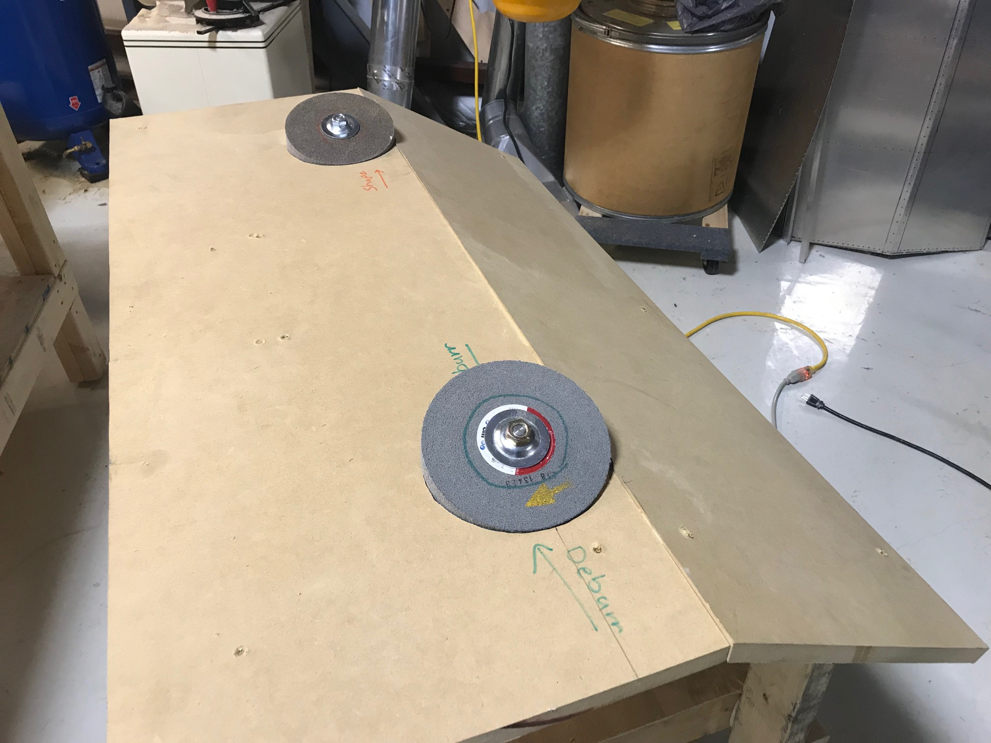 Deburring Table