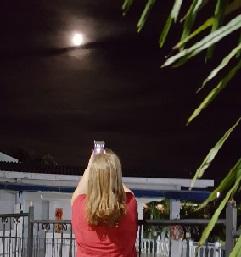 Escoltando la luna