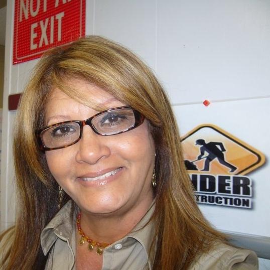 Evelyn Ferrer
