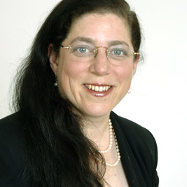 Tricia Lustig