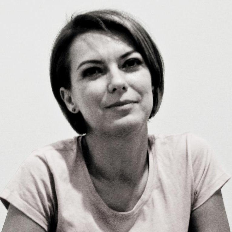 Simona David Crisbasanu