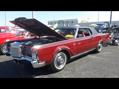 1969 Lincoln Continental MkIII  9,000 Miles and Show Room Perfect