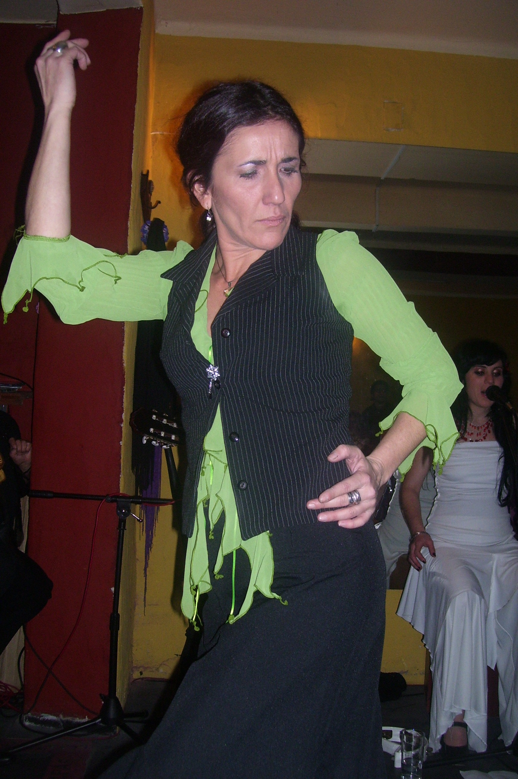 MARIA VICTORIA FERRARI