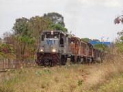 Três BB40 com trem de fosfato e uma BB40 na cauda
