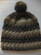 Mütze im Flechtmuster