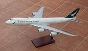 Lupa 1:100 CX Cargo B747-8F
