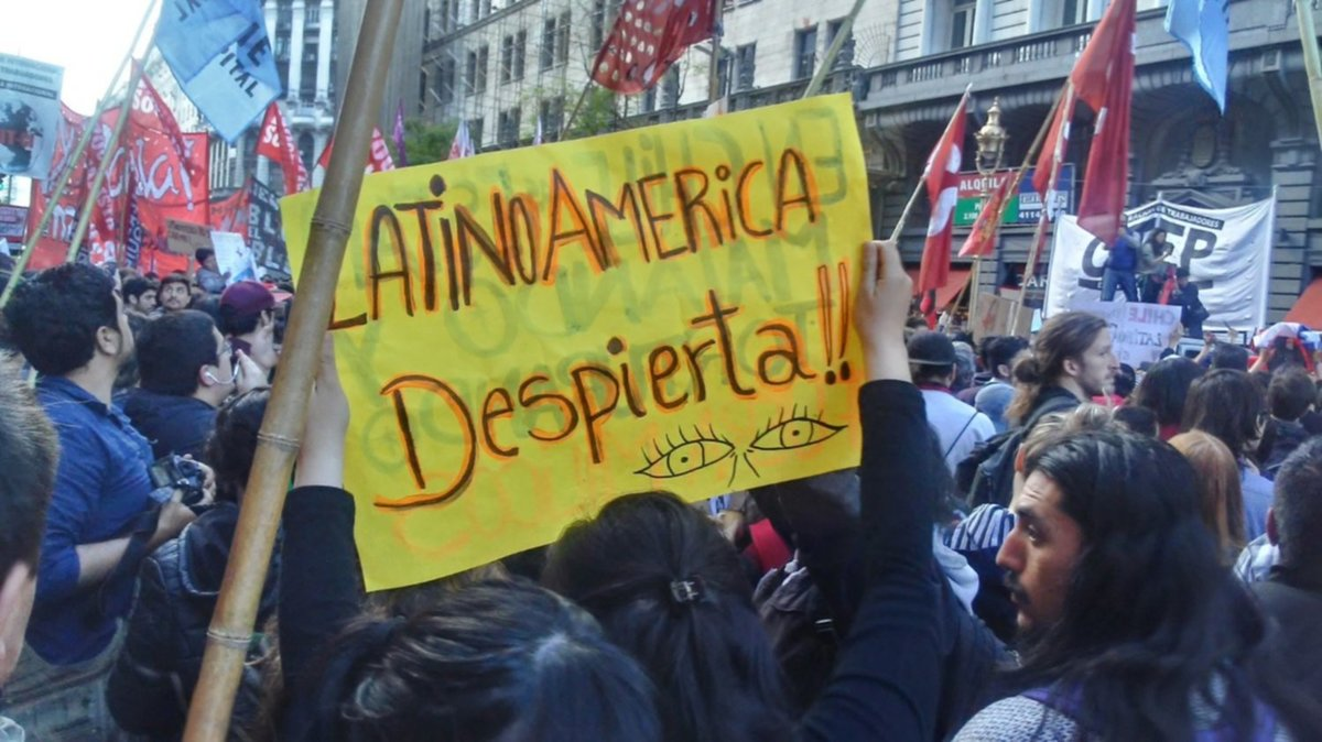 Así Argentina sigue el conflicto de Chile desde sus diarios nacionales / TITULARES