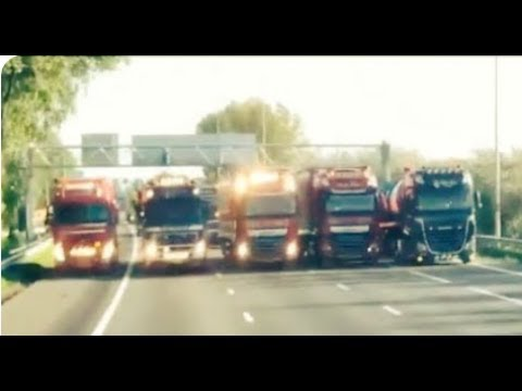 Truckers Join the Dutch Farmers and Block Several Busy Highways