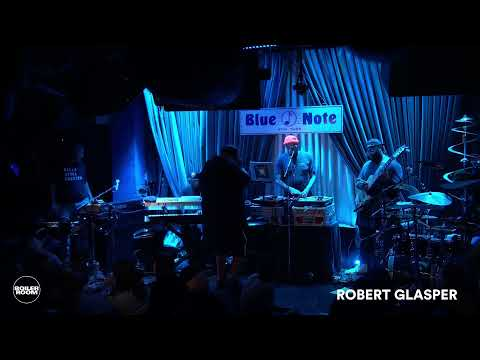 Watch Robert Glasper's Hour-Long J Dilla Tribute Live at The Legendary Blue Note in NYC