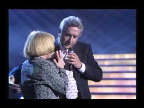 Juan Pardo  &  Mari Trini  (Dos Locos) Con la letra comentada