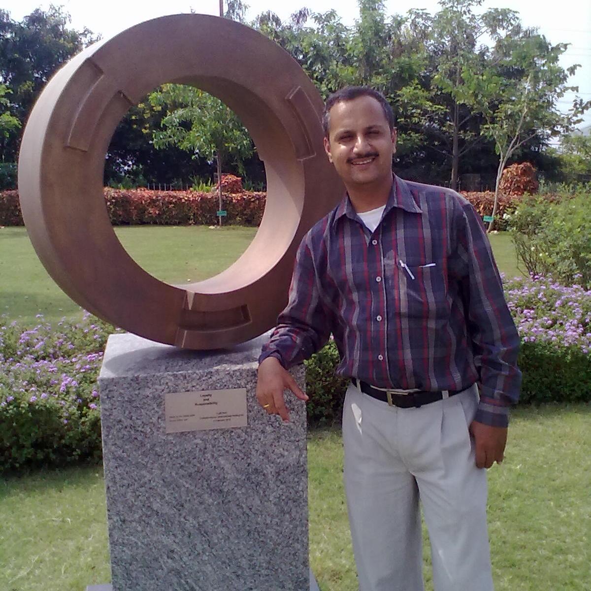 Makarand Vijayanand Pimparkar
